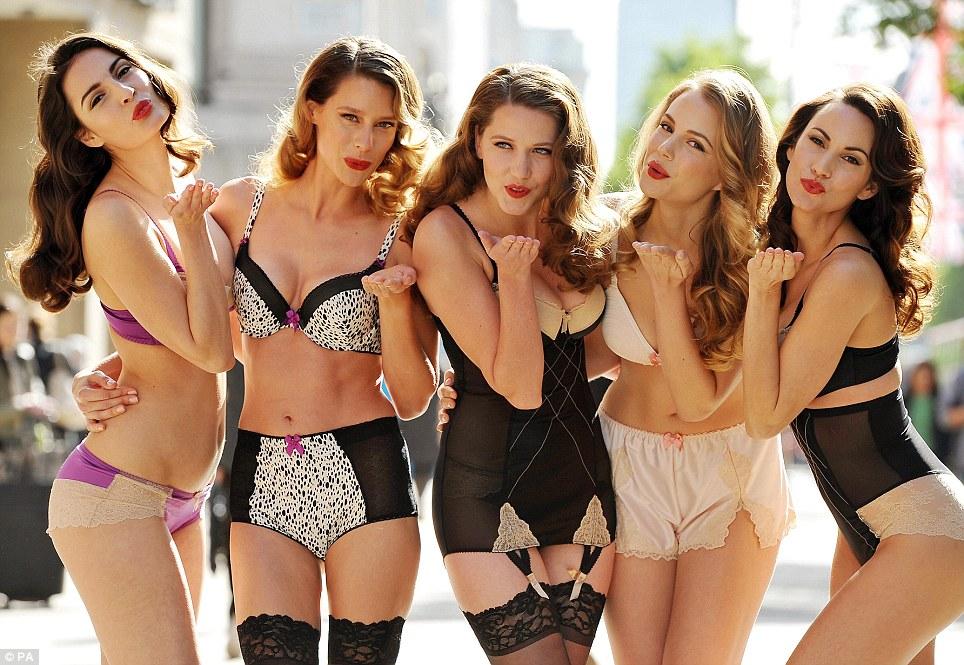 Много девушек в групповом порно 187